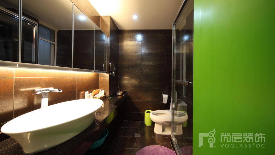 LOFT风格浴室实景展示