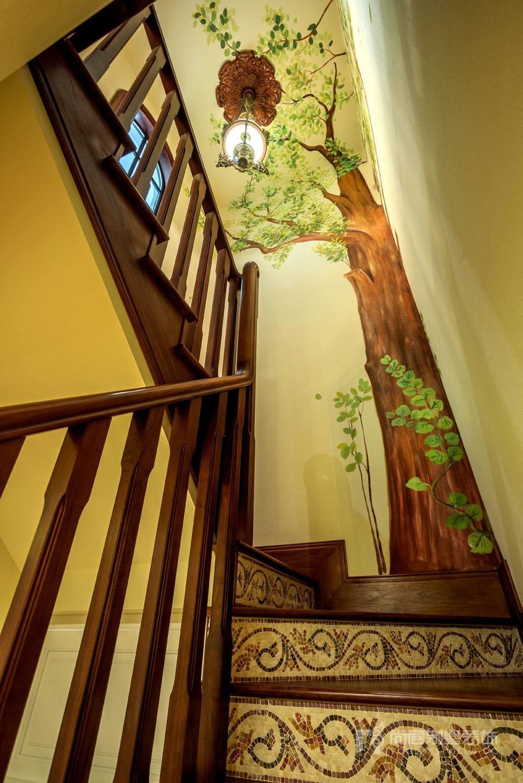 楼梯间实景图