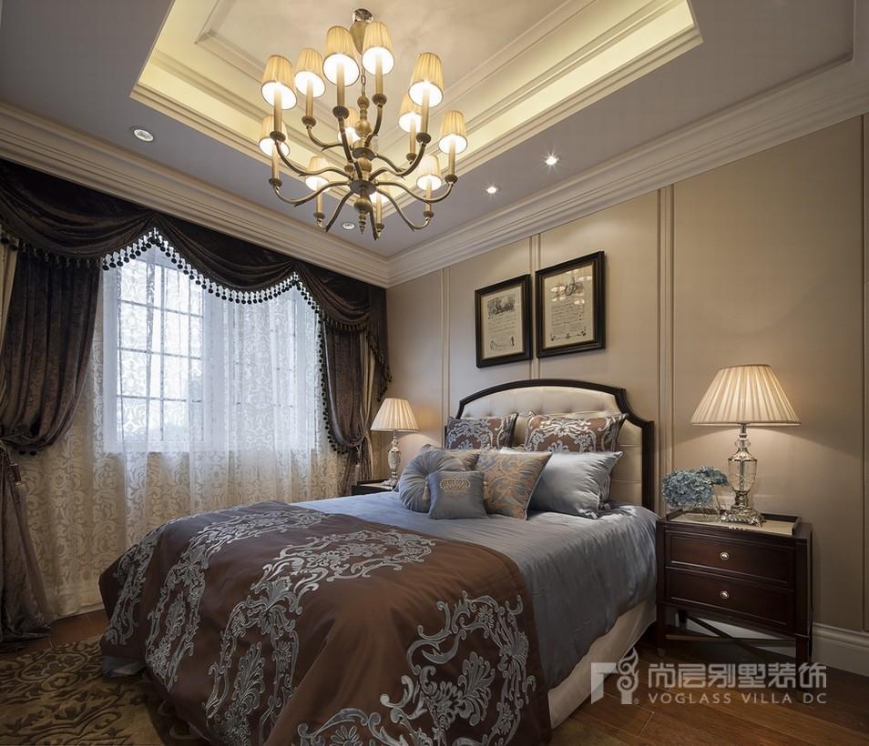 现代法式卧室装修设计效果图