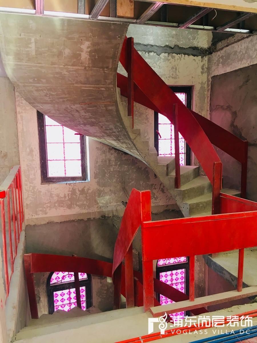 东郊罗兰楼梯施工照片拍摄