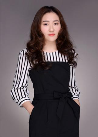 上海尚层装饰别墅设计师李素华