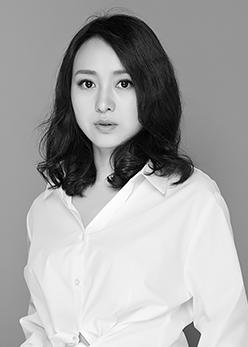 设计师刘轶群